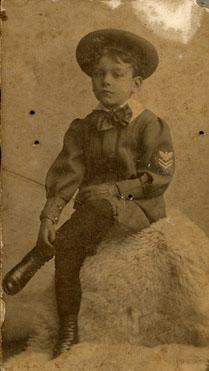 1908 - LMM, 6anos002