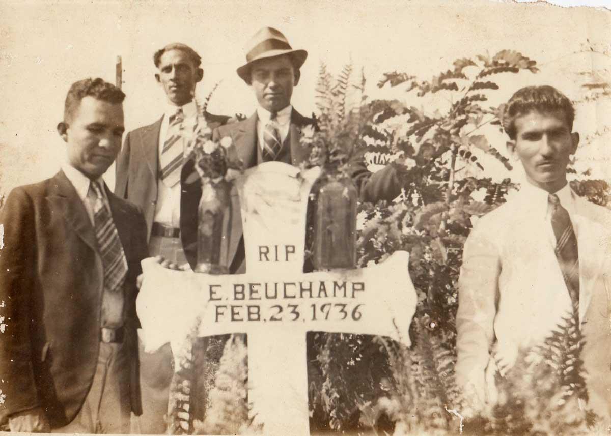 1936 - Tumba Elías Beauchamp